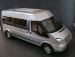 Giá xe Ford Transit Luxury