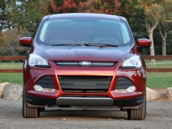 Giá xe Ford Escape