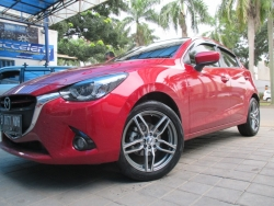 Giá xe Mazda 2 số tự động hatchback