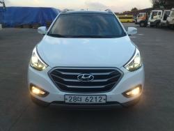 Giá xe Hyundai Tucson 2.0 AT tiêu chuẩn