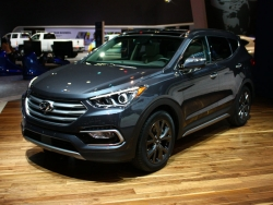 Giá xe Hyundai Santafe 5 chỗ máy xăng