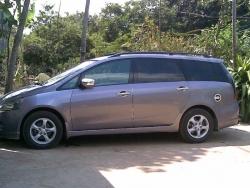 Giá xe Mitsubishi Grandis 2.4L AT