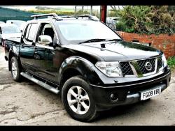 Giá xe Nissan NP 300 Navara EL 4x2 AT
