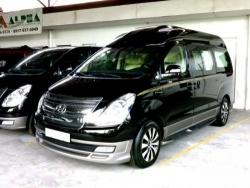 Giá xe Hyundai Starex